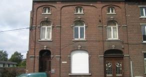 CHARLEROI   maison